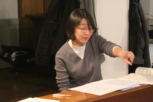 Dirigentin Izumi Shibata MGV Silberbrunnen,